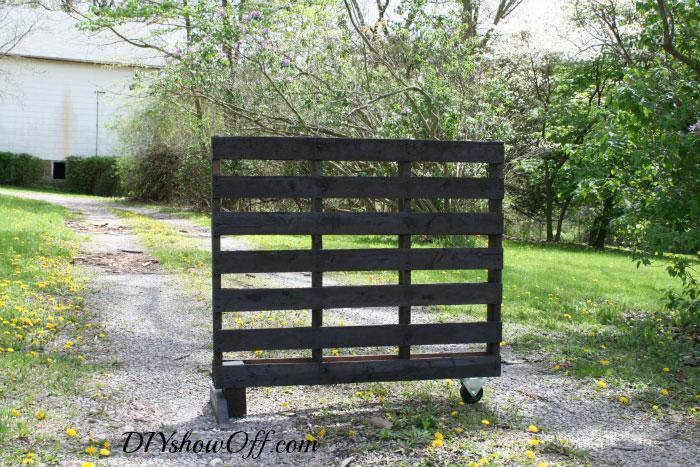 free standing pallet herb garden 2