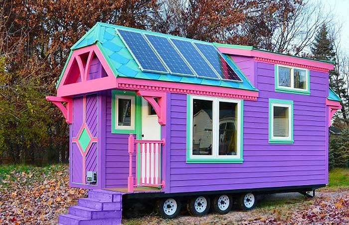 colorful solar powered 39 ravenlore 39 tiny house is built to be off grid off grid world. Black Bedroom Furniture Sets. Home Design Ideas